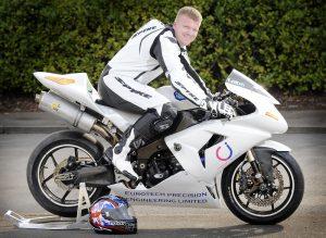 Tragic: Mark Fincham - Thruxton British Super Bikes