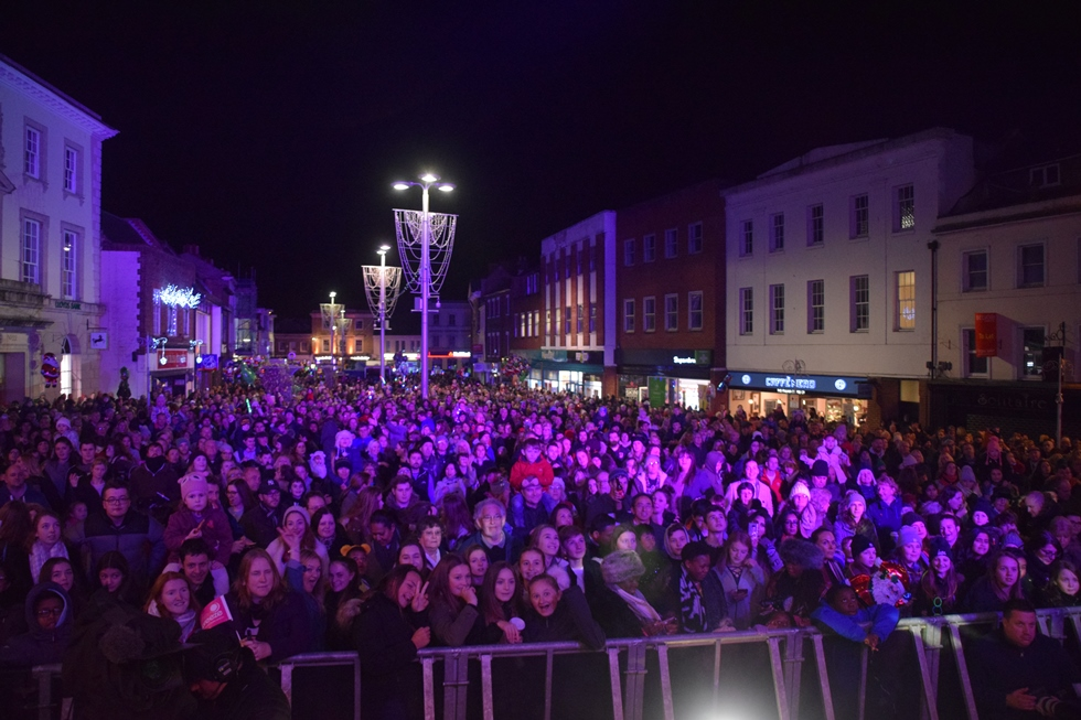 Andover Christmas Lights Switch on 2017 – 07