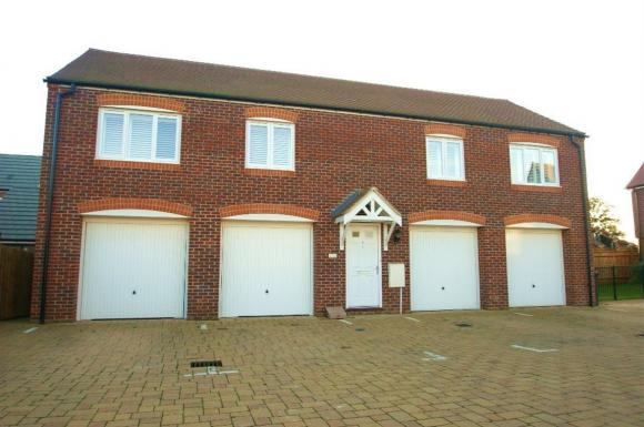 2 Bed Coachhouse Andover