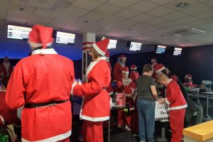 Santa Bowl: Valley Leisure Andover December 2018