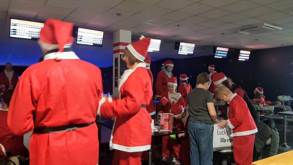 Santa Bowl: Valley Leisure Andover December 2018
