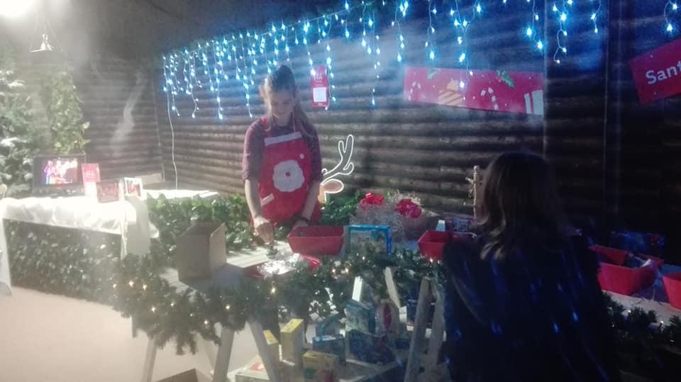 santas-elf-at-dobbies