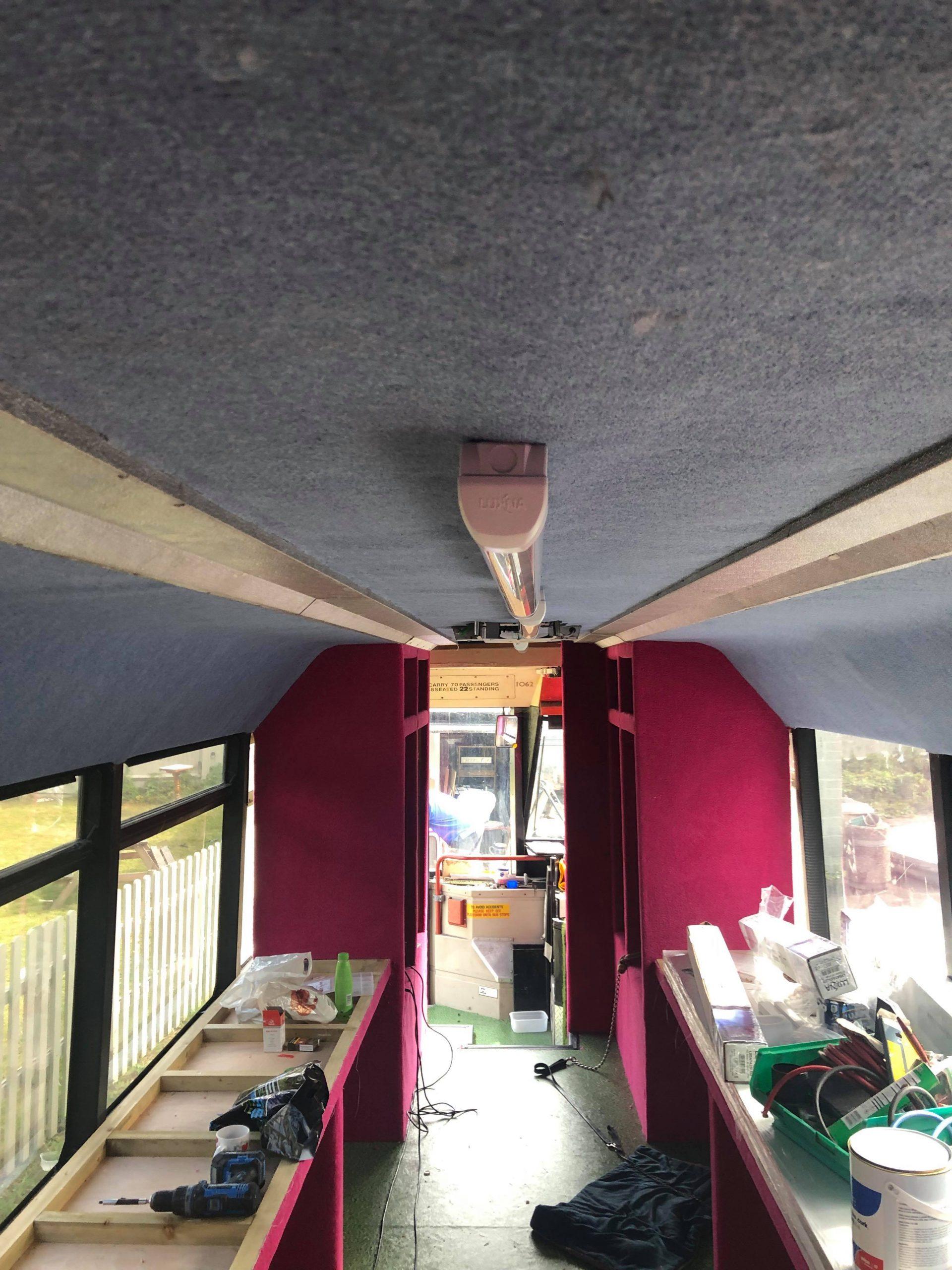 BUS-inside