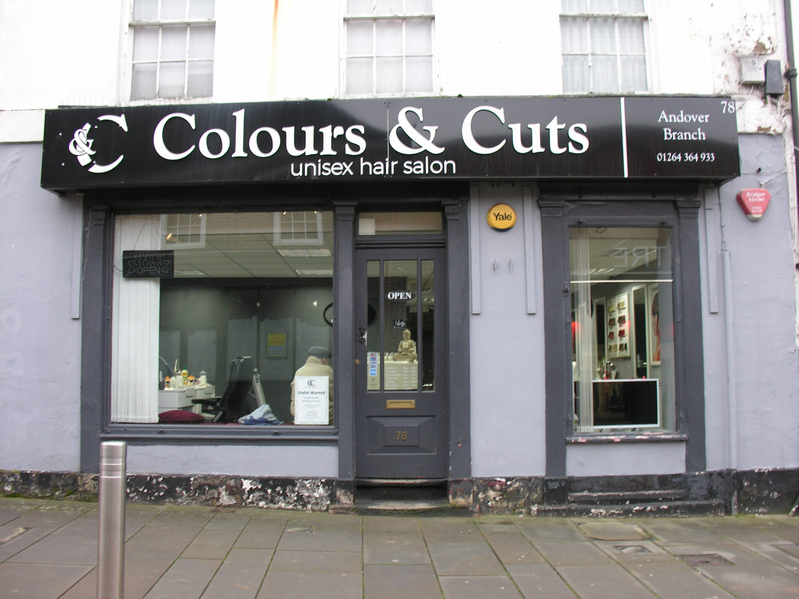 Colours & Cuts