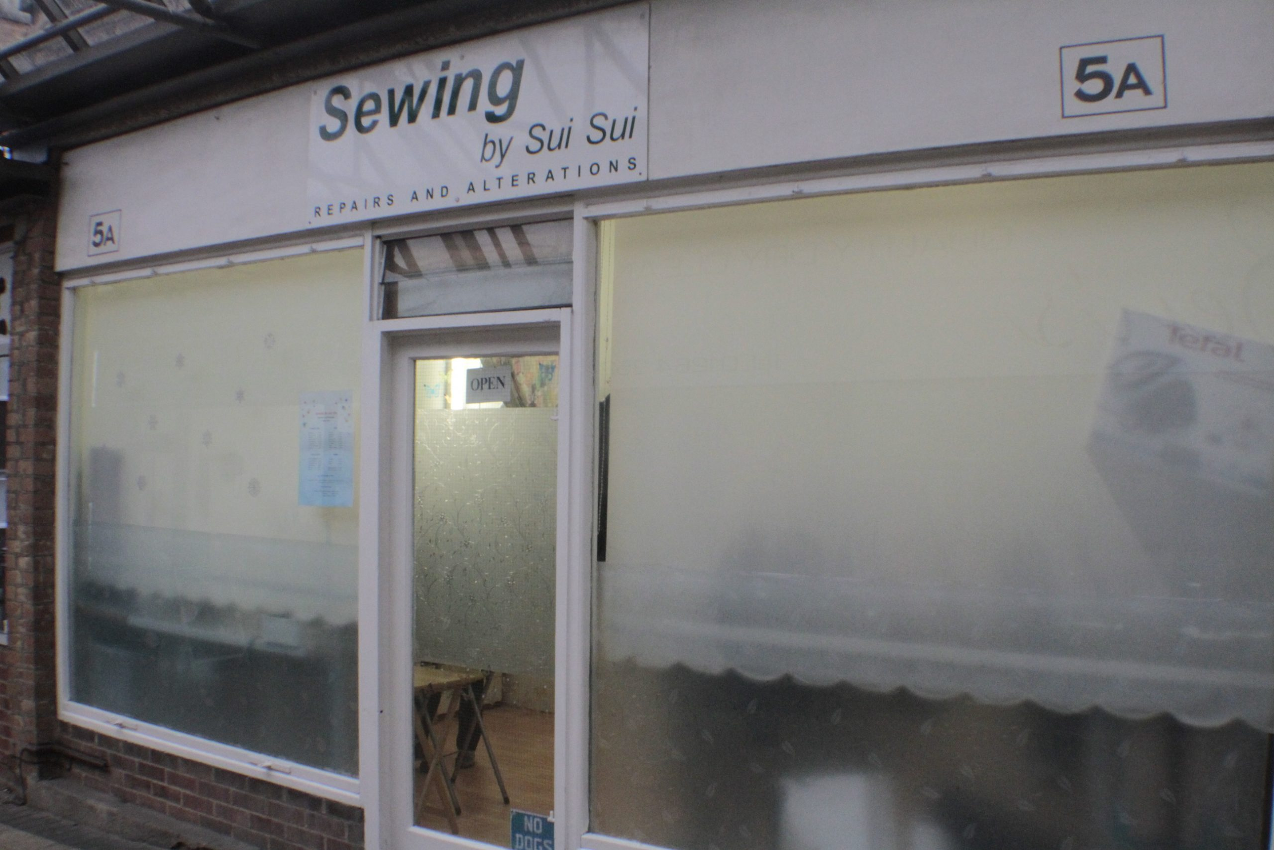 Sewing by Sui Sui