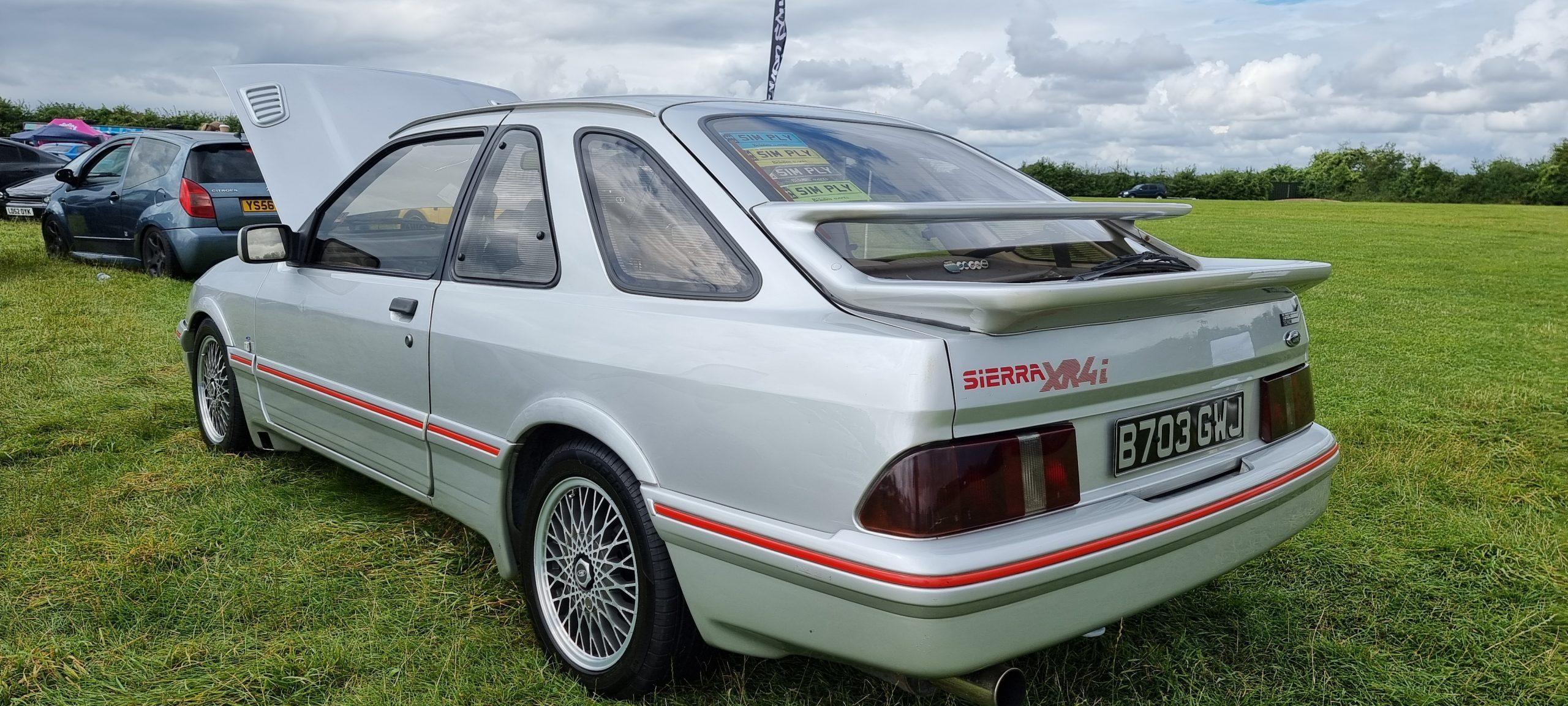 Ford-Sierra-XR4i