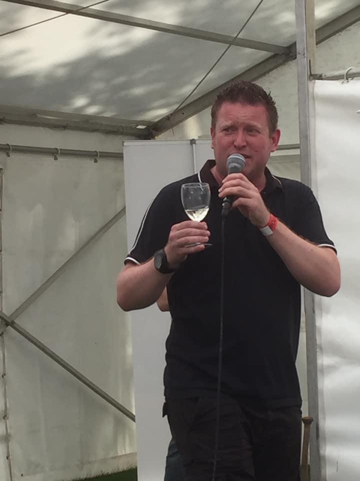 ff10-matt-dixon-wine-tasting